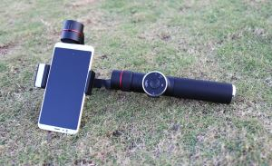 AFI V5 Light-weight 3 Axis Gimbal Smartphone Super Smooth And Stable Gimbal For Smartphone